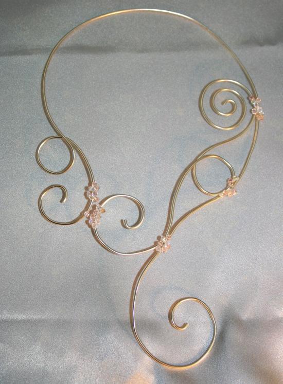 collier de mariée en fil d'alu l'atelier de samantha création de bijou