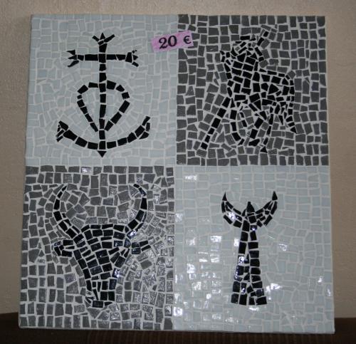Atelier de samantha mosaique cheval camarque toro croix camarguaise trident camarguais miroir tableau tableau mosaique creation creation unique creation mosaique 1