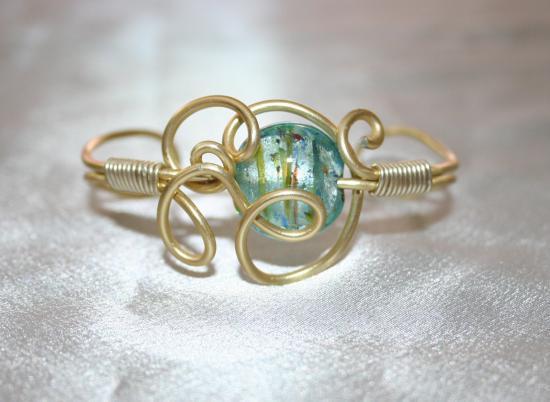 bracelet-en-fil-dalu-et-perle-murano-lampwork1.jpg