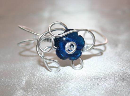 bracelet-en-fil-dalu-et-perle-murano-lampwork2.jpg