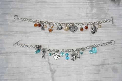 bracelet-grosse-chaine-love-i-love-you-avec-des-perles-en-cristal-de-swarovski-bijoux-artisanaux-l-atelier-de-samantha.jpg