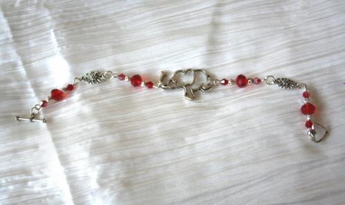 Bracelet fantaisie artisanal breloque éléphant, création unique, bracelet métal artisanal