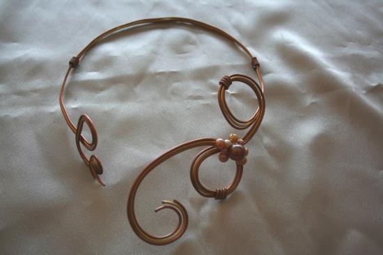 collier-de-mariee-en-fil-dalu-3-fils-avec-per.jpg