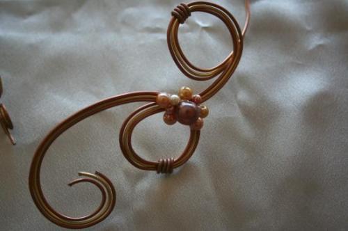 collier-de-mariee-en-fil-dalu-3-fils-avec-per2.jpg