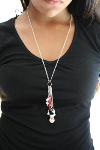 Sautoir métal et perles , création unique, sautoir fantaisie, l'atelier de samantha,création bijoux,création bijoux fantaisie,creation bijoux artisanale,sautoir bonhomme de neige